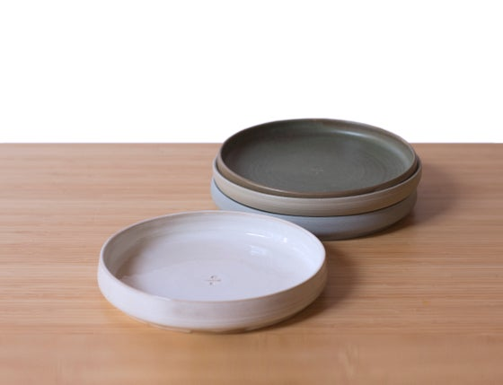 Image of Flat Bowl in White Frost