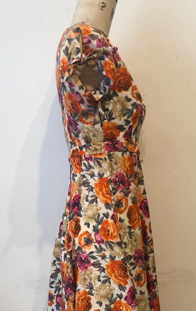 Image of Sunshine roses tie sleeve waterfall dress