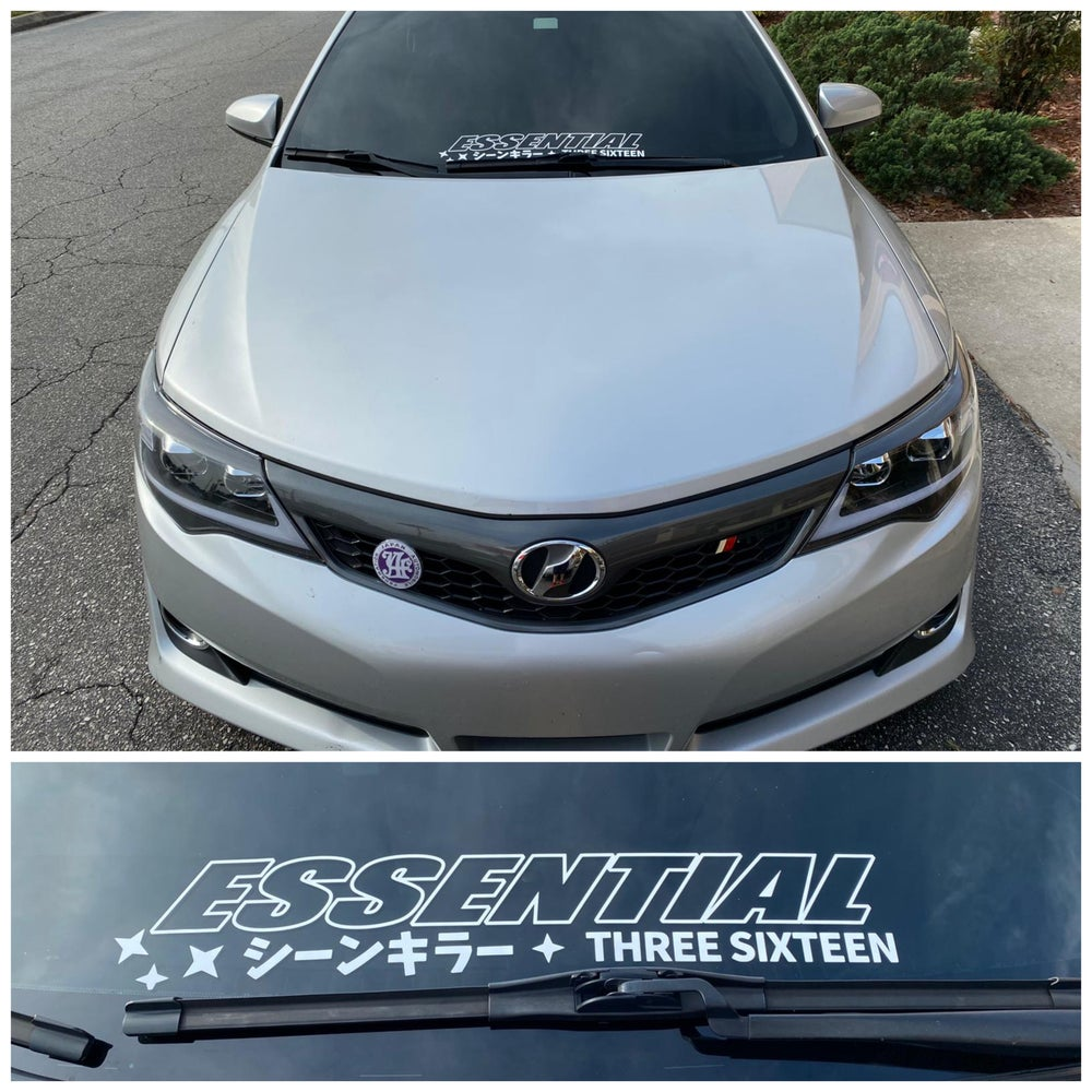 """Image of ESSENTIAL 22"""" WINDSHIELD BANNER"""
