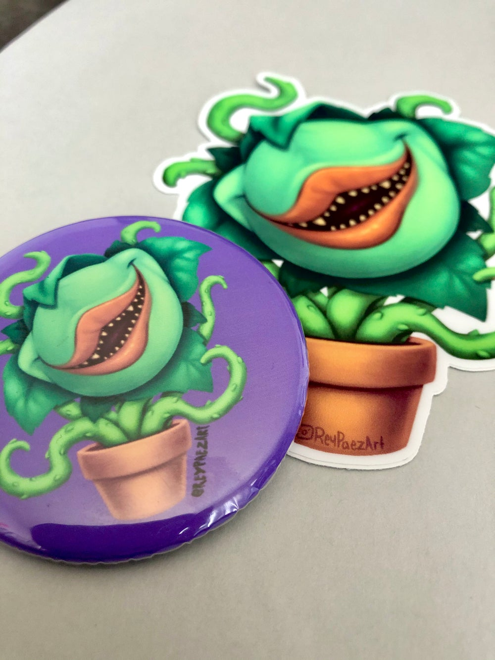 Feed me (button and sticker)