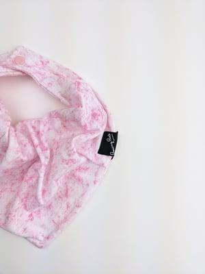 Bibdana *Pink Marble
