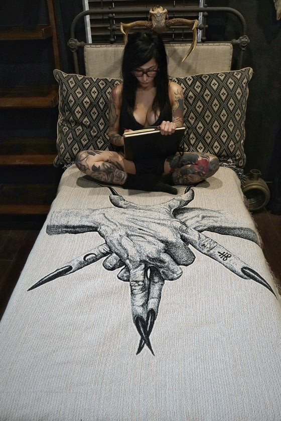 Image of Pentagram Hands woven blanket