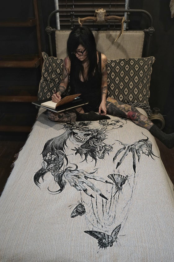 Image of Tristeza Woven blanket