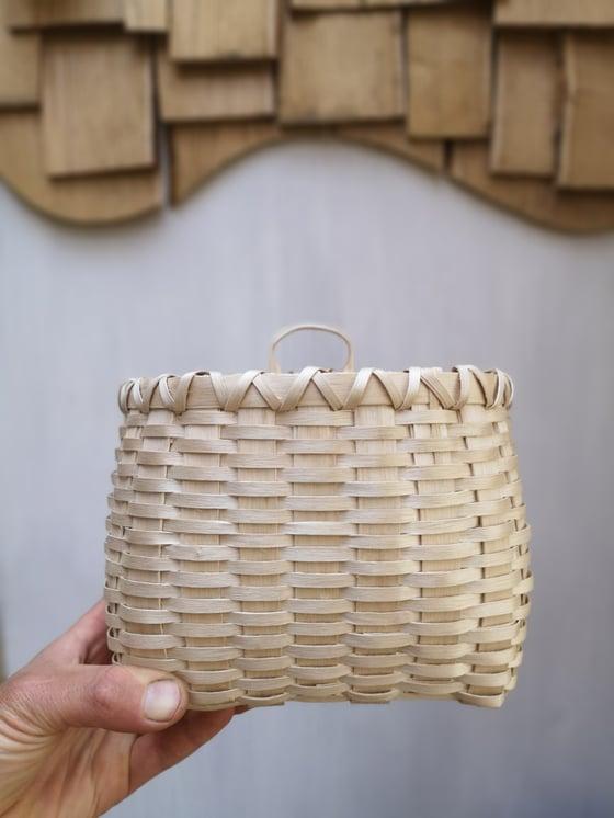 Image of  Ash splint, wall basket (made to order)