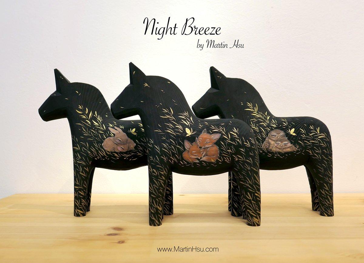 Night Breeze - Dala Horses 'Foxes'