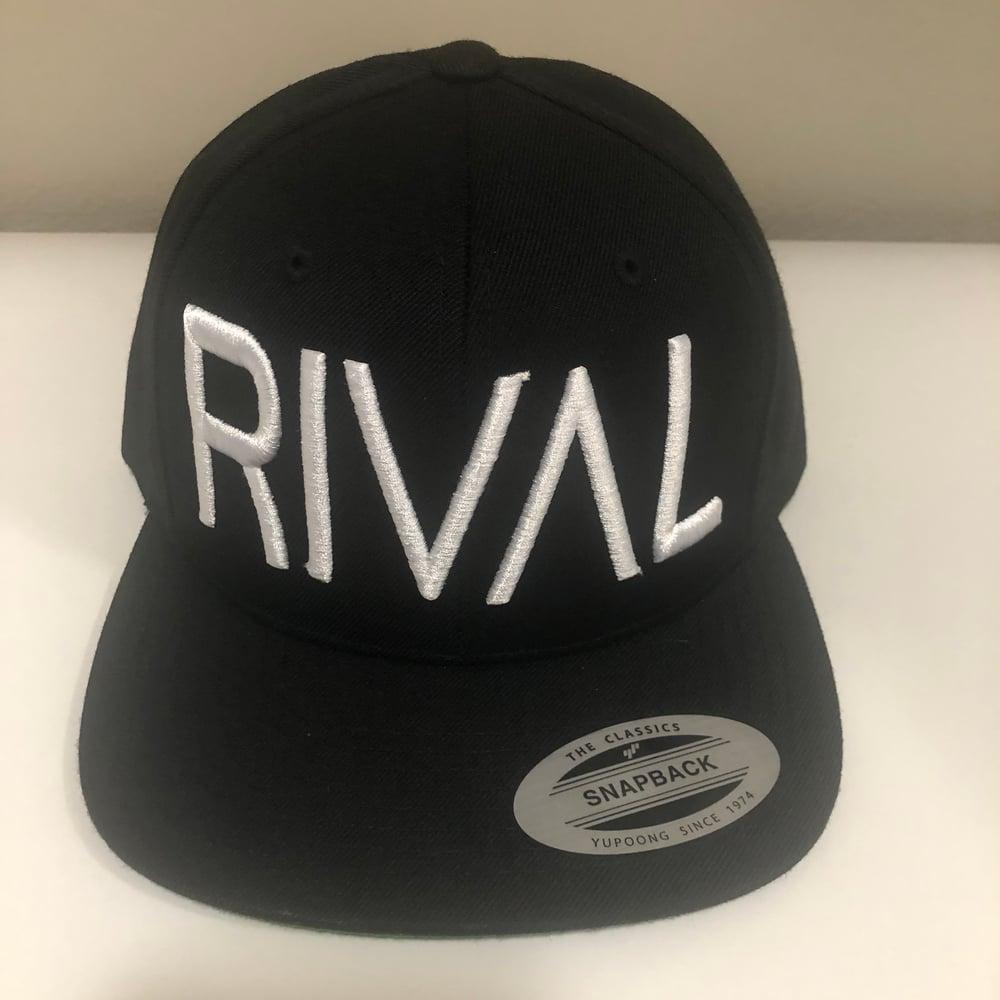 RIVAL Snapback - B/Wht