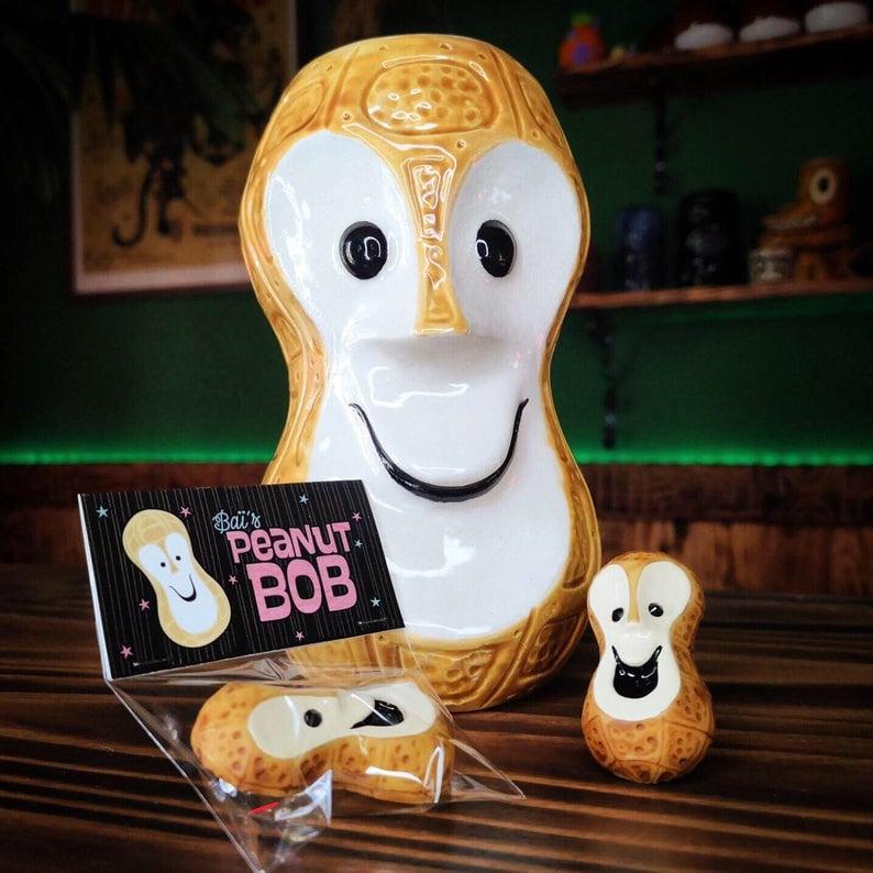 Image of Baï's Peanut Bob Brooch
