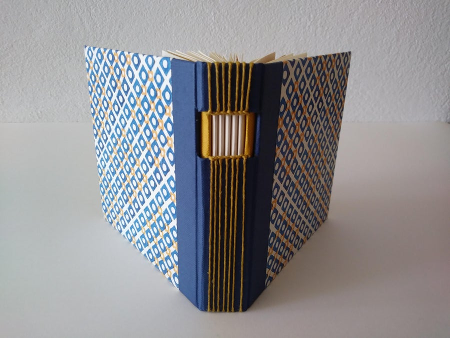 Image of Encuadernación vista - Long stitch bookbinding