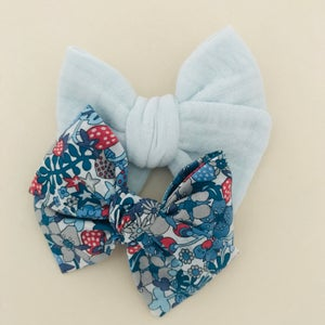 Image of Barrette Liberty Flower Tops bleu
