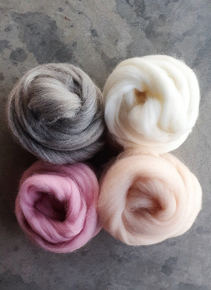 Image of Pale pink roving pack