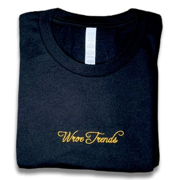 Image of BLACK/GOLD TEE