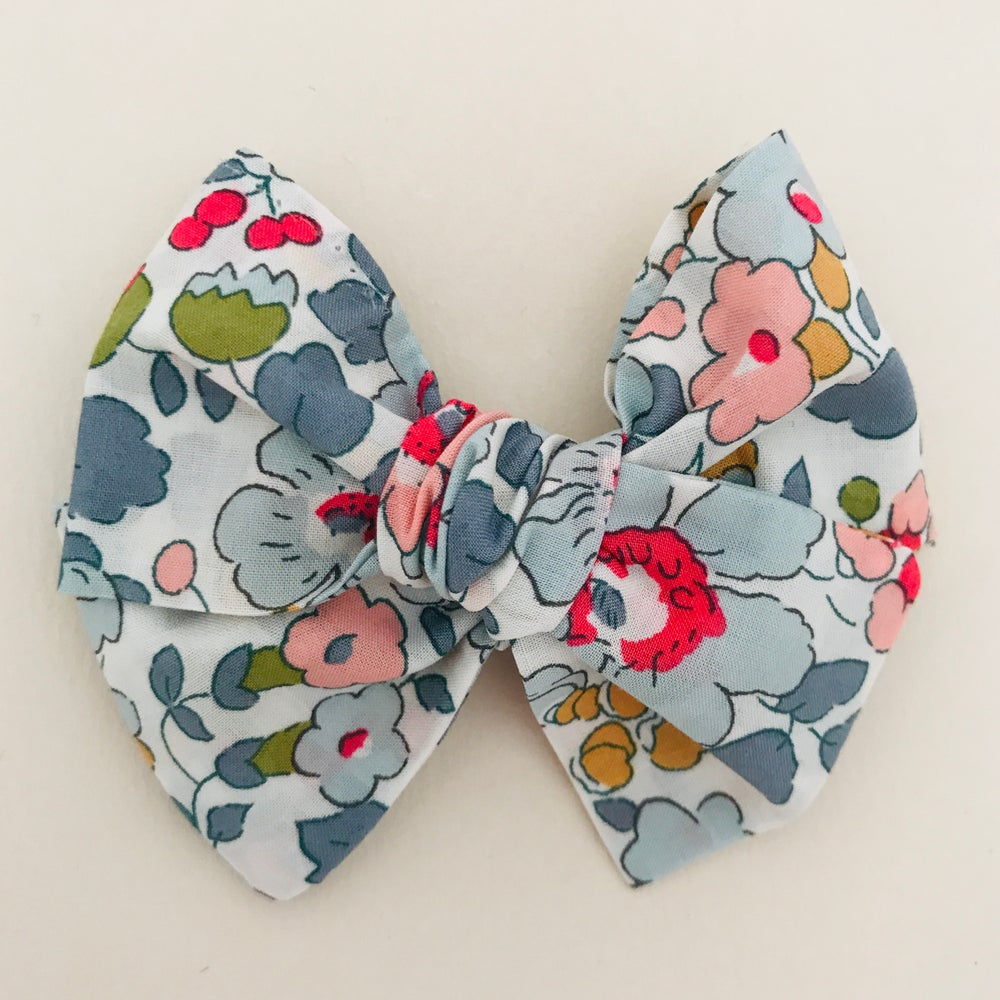 Image of Barrette Liberty Betsy Porcelaine