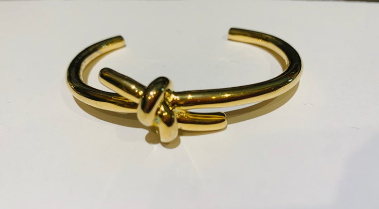Image of Knot Cuff (if u gave small wrist this is perfect for u)