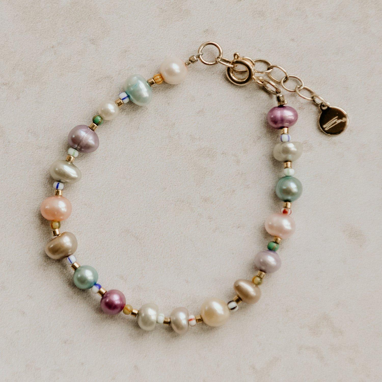 Image of Scarlett Pearl Bracelet