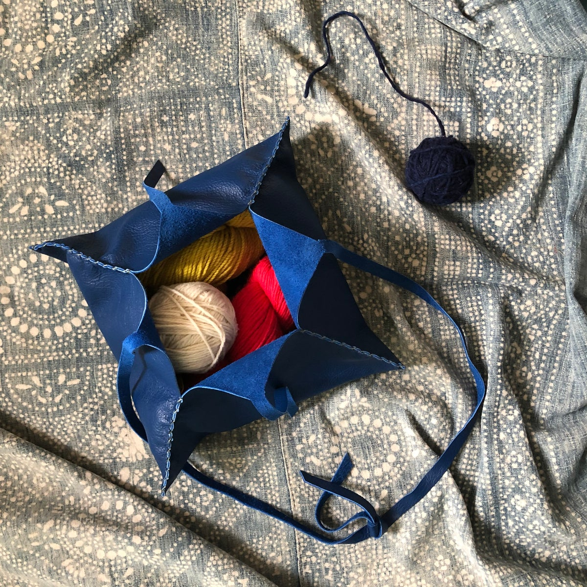 Image of 4 Point Bindle