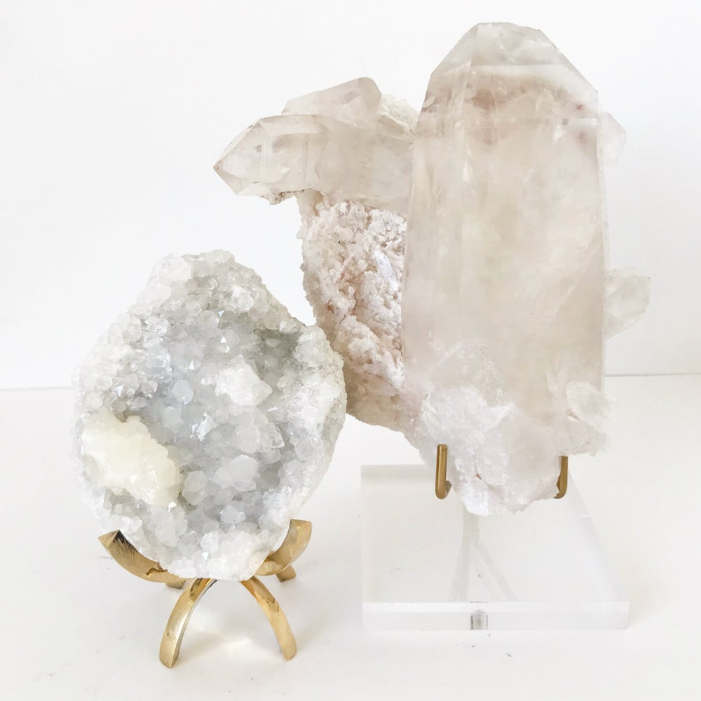 Image of Quartz no.03 + Lucite and Brass Stand