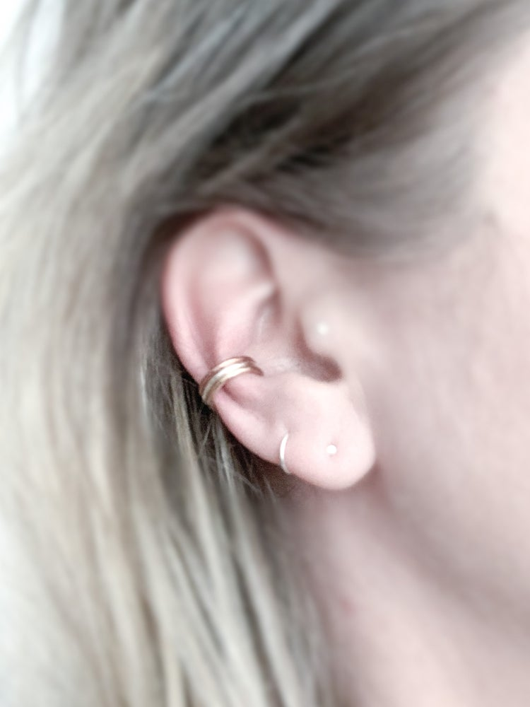 Image of Thin Ear Cuff
