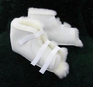 """Image of MEDICAL GREG - SHEEPSKIN SORE HEEL 2PK PRESSURE RELIEF PROTECTORS 3.5"""" X 11"""" X 10"""" - NATURAL"""