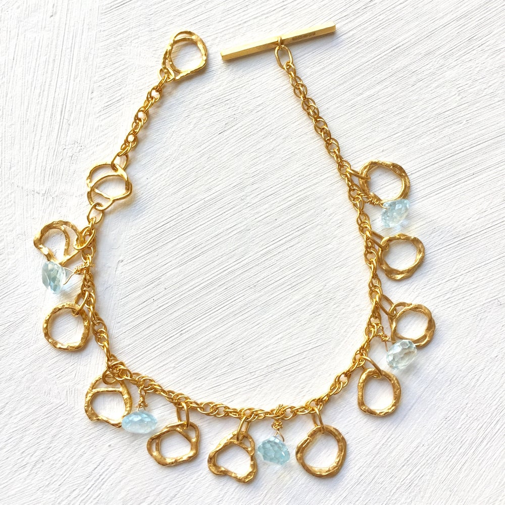 Image of Indian summer bracelet yellow gold- Blue topaz