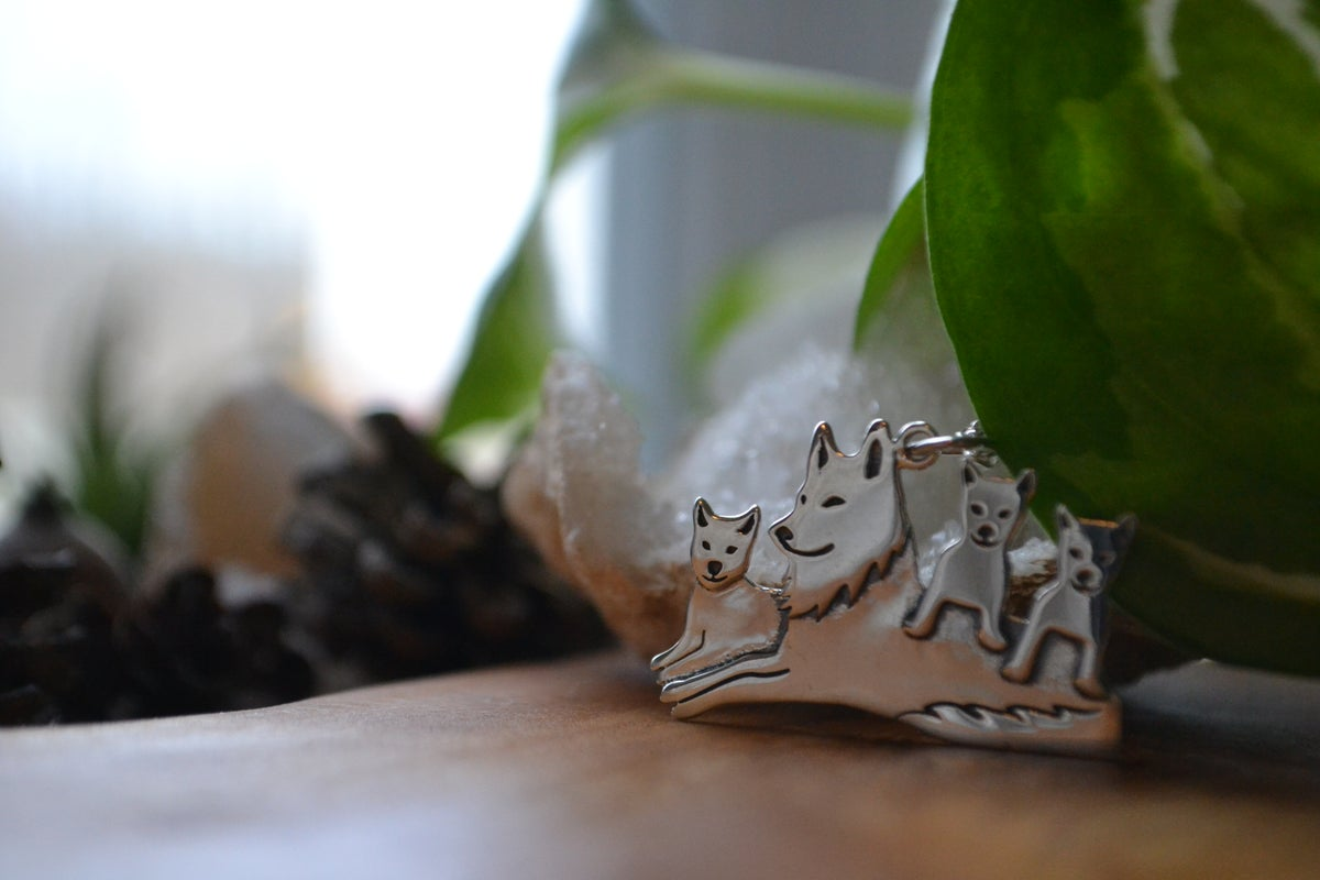 Image of Mama and wolf pack necklace