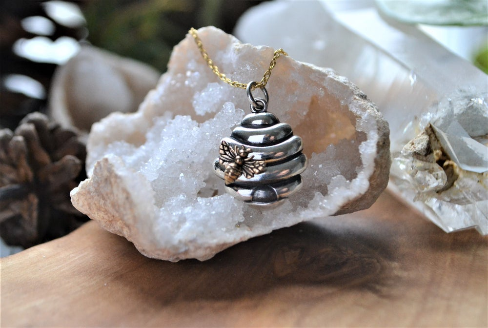 Image of Bee hive and bee necklace