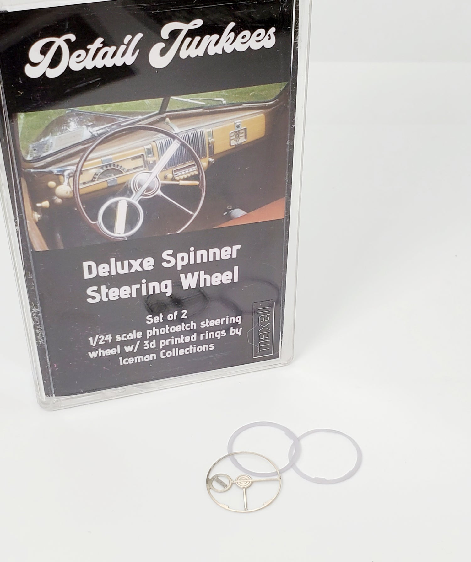 Image of Chevy Deluxe Spinner Steering Wheel Set.