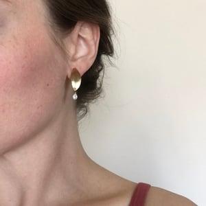 Image of bud earring