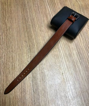 Image of Vintage calf double tapered one-piece watch strap