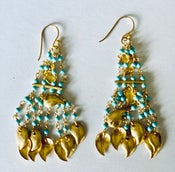 Image of turquoise beaded drop