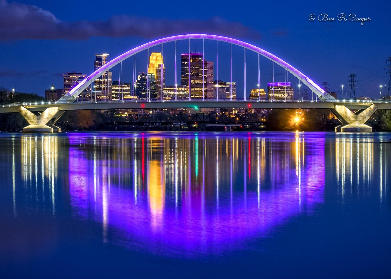 Purple Lowry Bridge - Special Edition in Black Mat/Metallic Paper