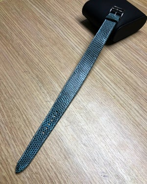 Image of Light blue Lizard tapered one-piece watch strap