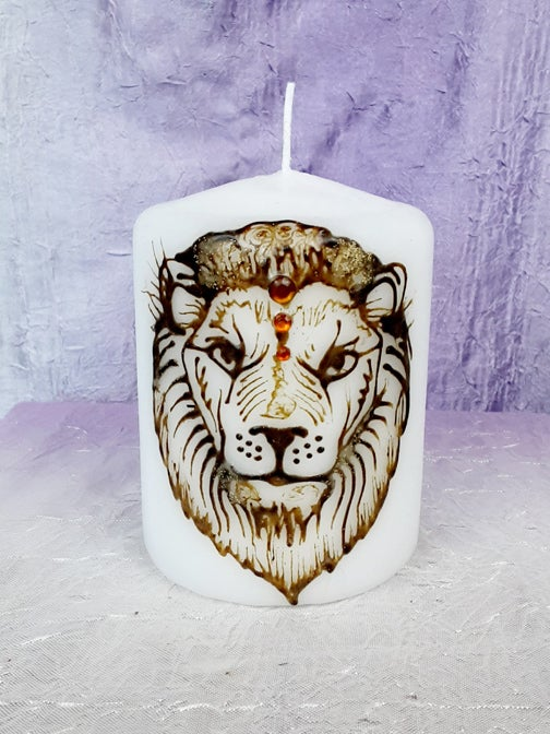 Image of 3 x 4 Lion Henna Pillar Candle