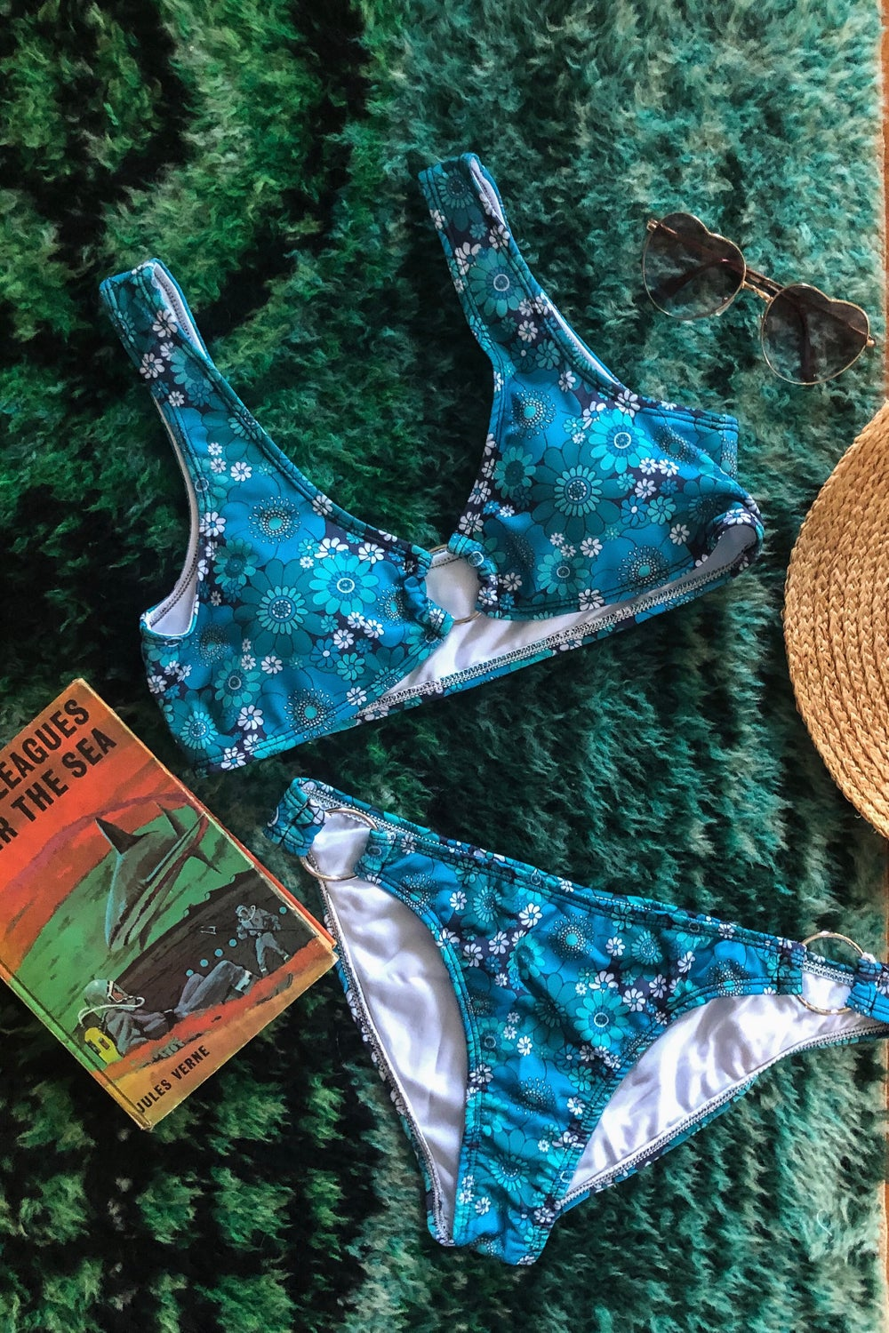 60's ring bikini in Pushing daisies Blue