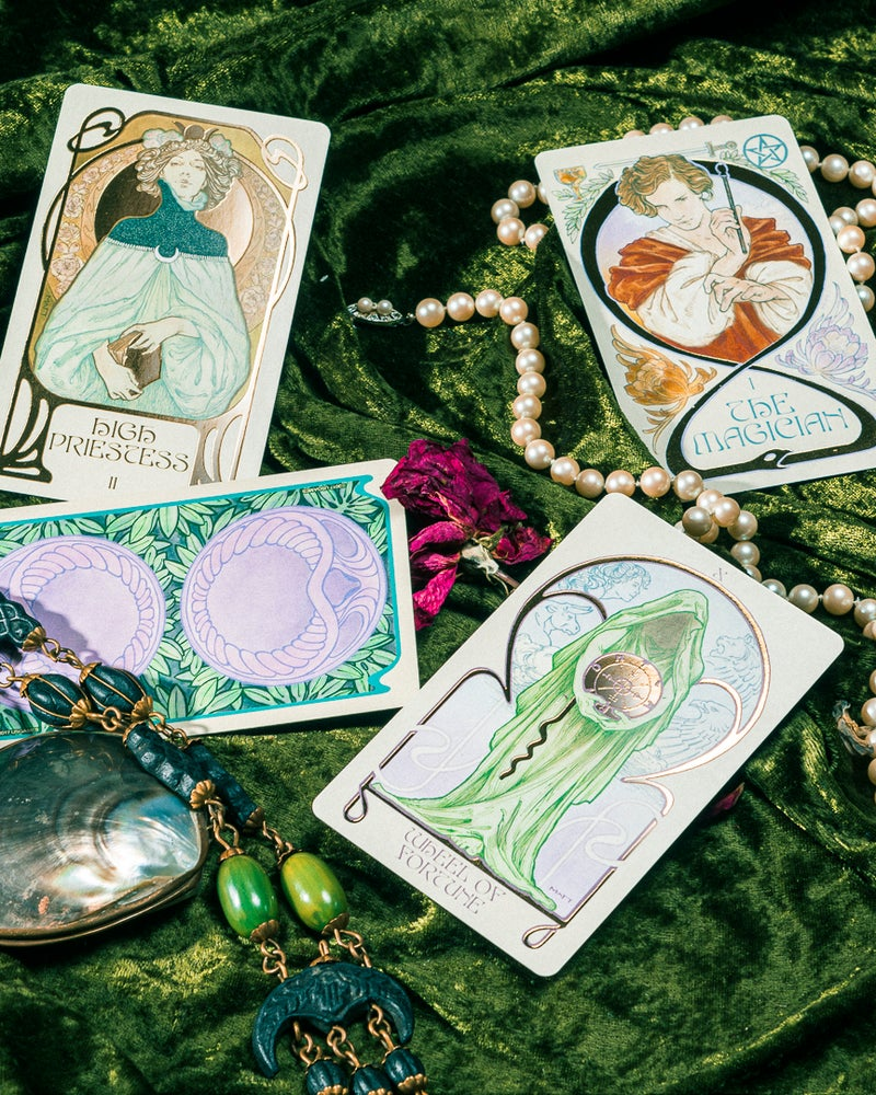 Image of Etherial Visions Tarot deck