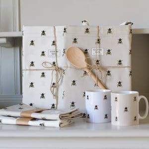 Image of Bee tea towel