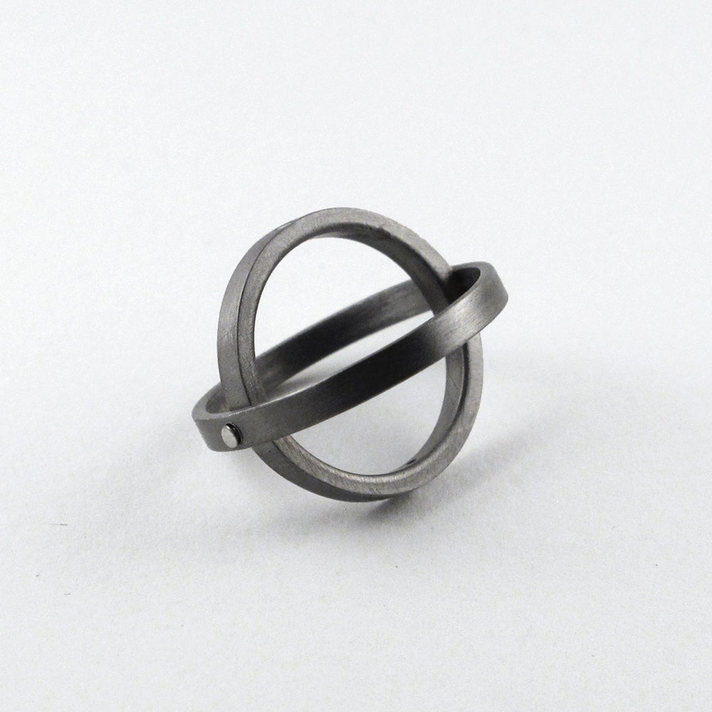 Image of INFINITY RING W/ WHITE DIAMONDS — BLACK / SILVER