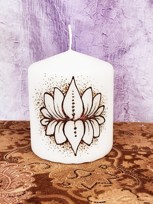 Image of 3 x 3 Lotus Dots Henna Candle