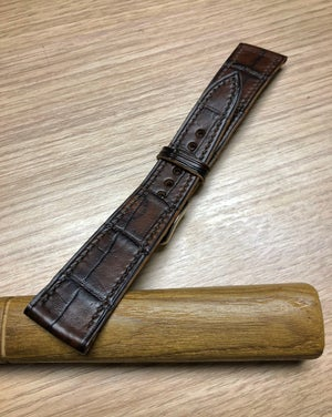 Image of Hand-stitched Patina Brown Alligator watch strap