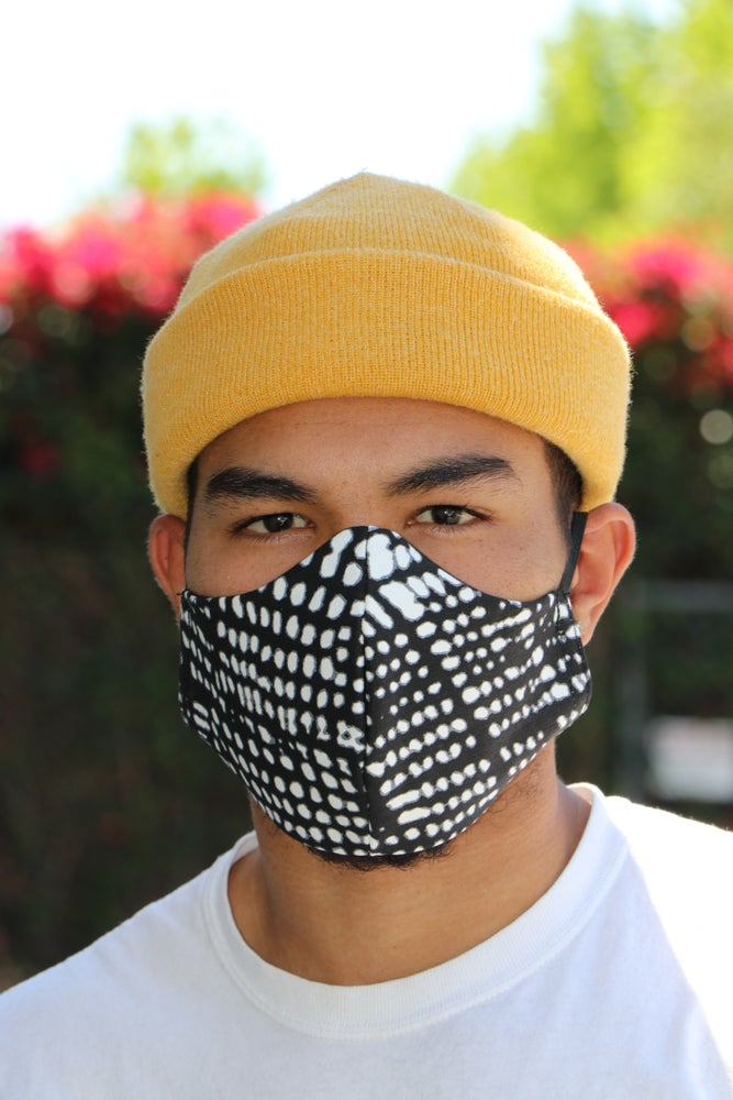 Image of The wala face mask- blk/wht