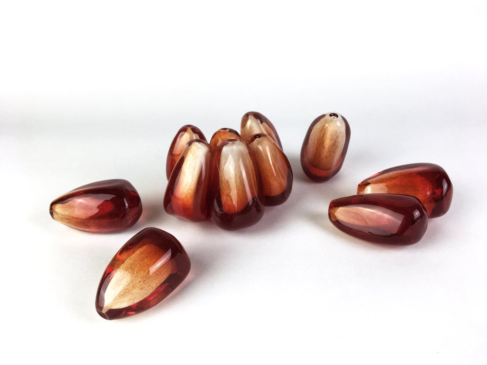 Image of Small Pomegranate Seed Cluster