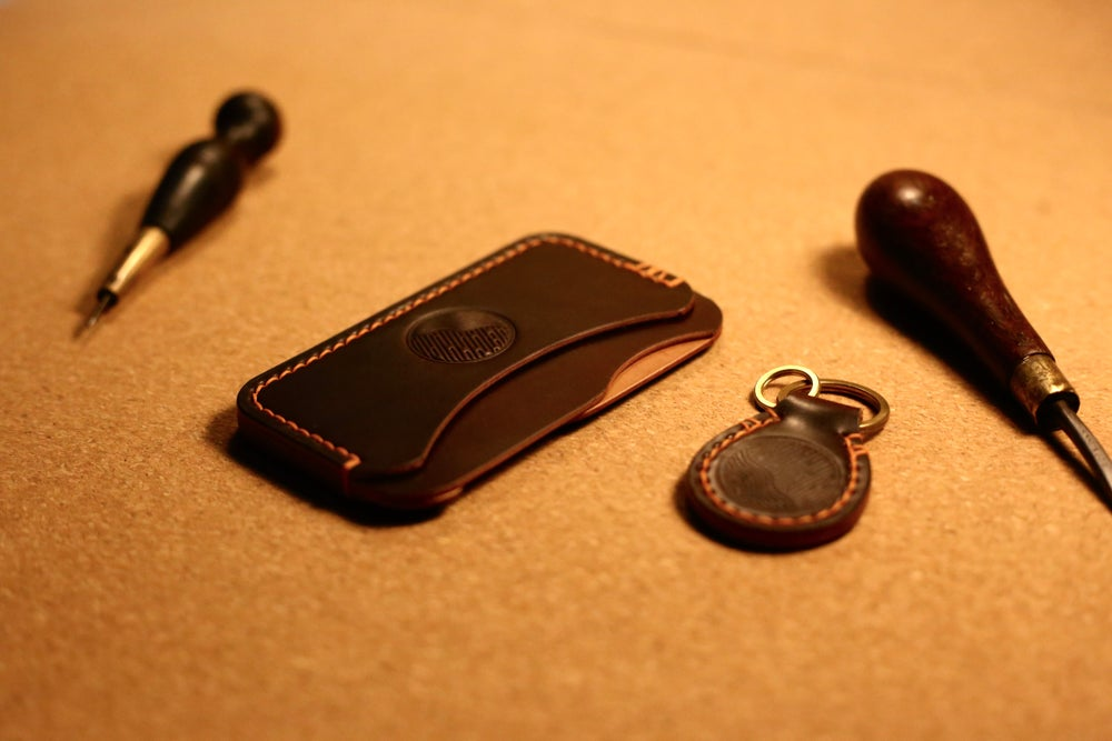 Image of Horween #8 Shell Cordovan Card Wallet & Matching Key Fob