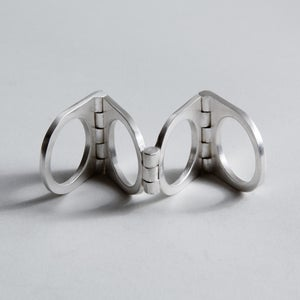 Image of FOLDING RING BLACK / SILVER