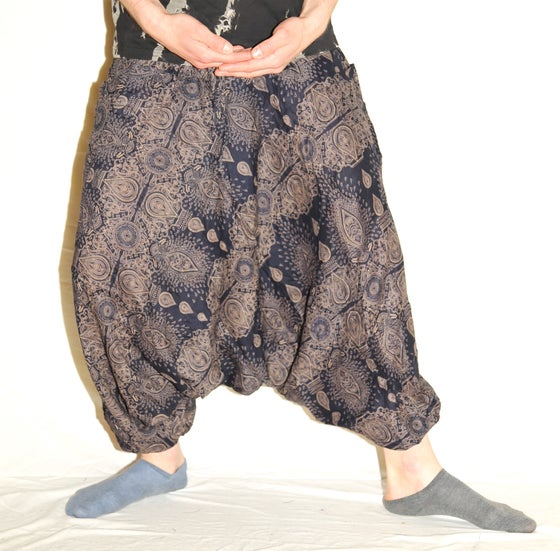 Image of Black Teardrop Deep Crotch Harem Pants