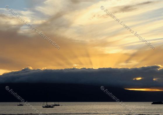 Image of N5 Sunset Maui with sunrays