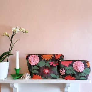 Darling Dahlias Make Up Bag
