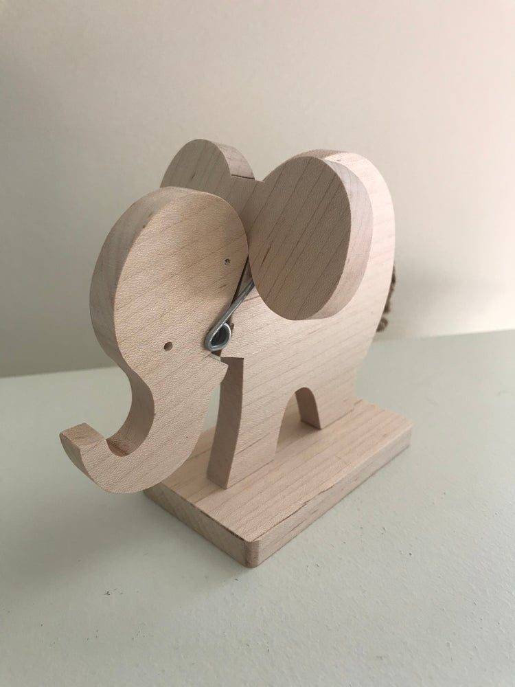 Image of Elephant Recipe/Photo Holder