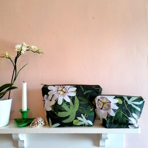 Maypop Wash Bag