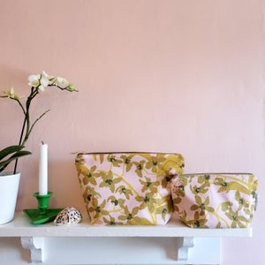 Daphne Mustard Make Up Bag