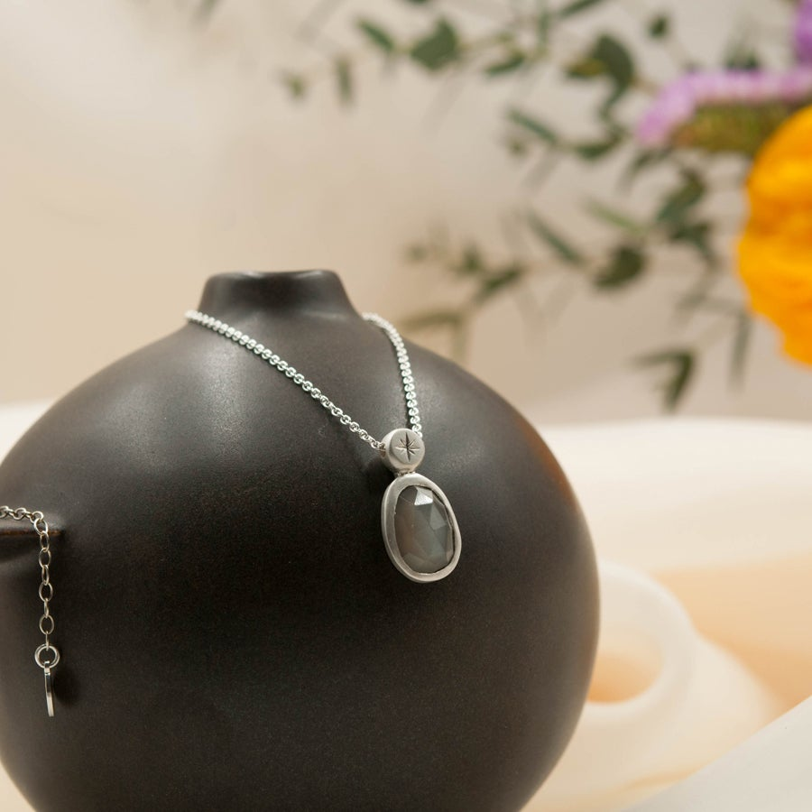 Image of Grey moonstone pendant with star bail