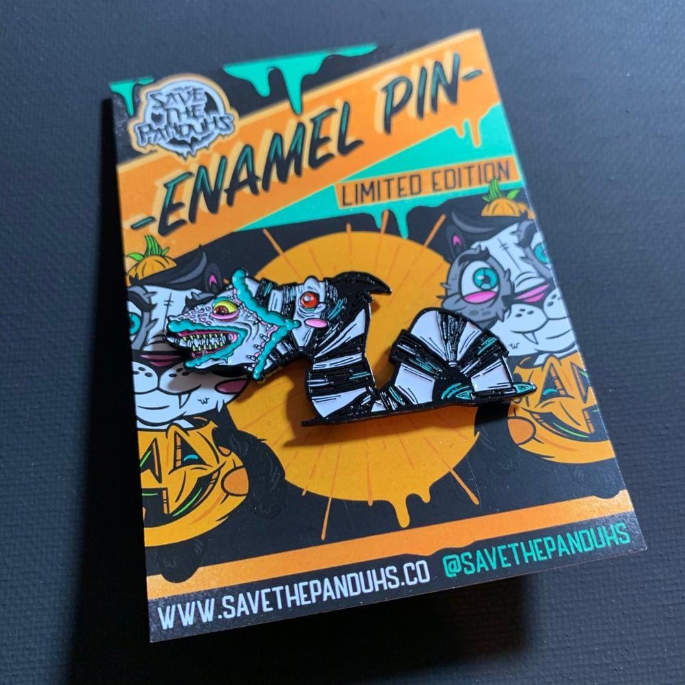 Sandworm PeekaBOO Enamel Pin